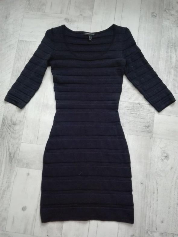 Suknie i sukienki Granatowa sukienka Mango