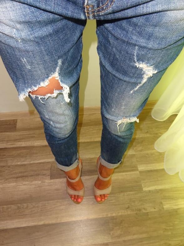 Original spodnie rurki boyfriend jeans z dziurami 38 M