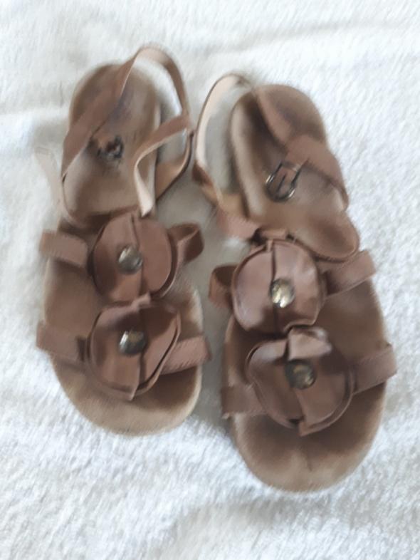 Sandały Lasocki 38