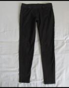 Tregginsy obcisłe spodnie rurki skinny rozmiar 34 XS...