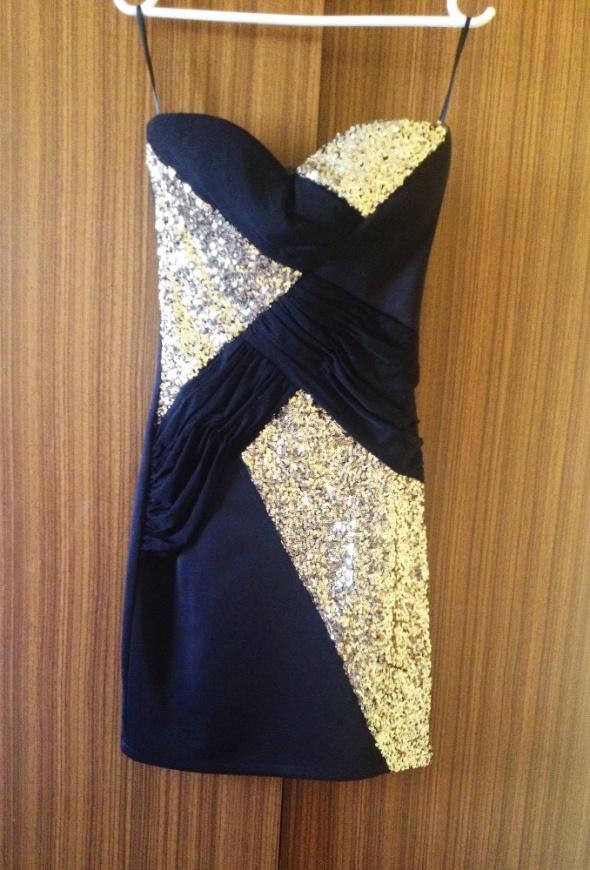 Sukienka bez ramiączek tuba mini dyskoteka dyskotekowa cekiny obcisła dopasowana czarna złote złota czarny XS S M 43 36 38