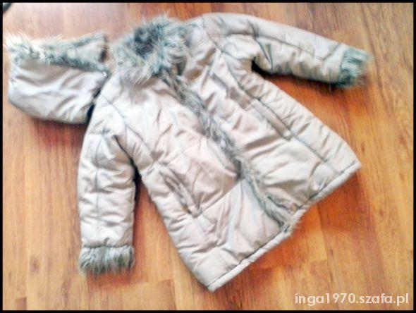 Kurtki Bardzo ciepły płaszczyk na polarze 134 cm pół ceny