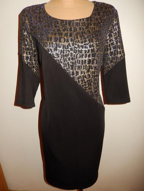 Sukienka Styl bardzo tanio