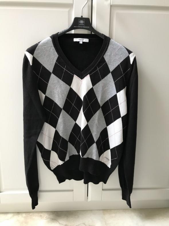 Sweter w romby z dekoltem V...