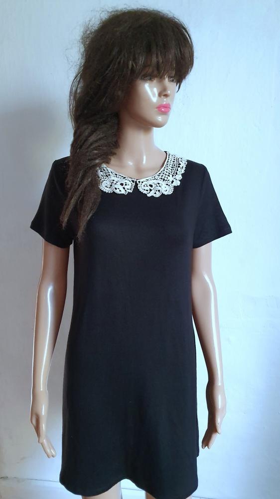 Czarna dzianinowa sukienka r około M