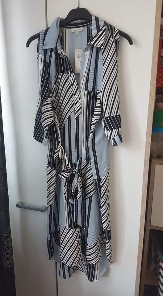 Suknie i sukienki Sukienka River Island w paski