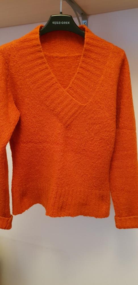 Rudy ciepły sweter S lub M