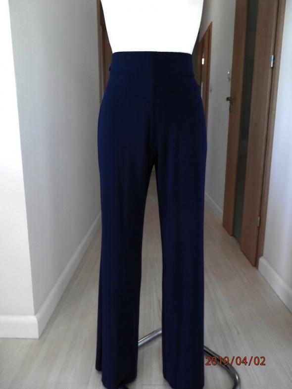 Spodnie Marks Spencer Nogawki Szerokie Granatowe Wysoki Stan L