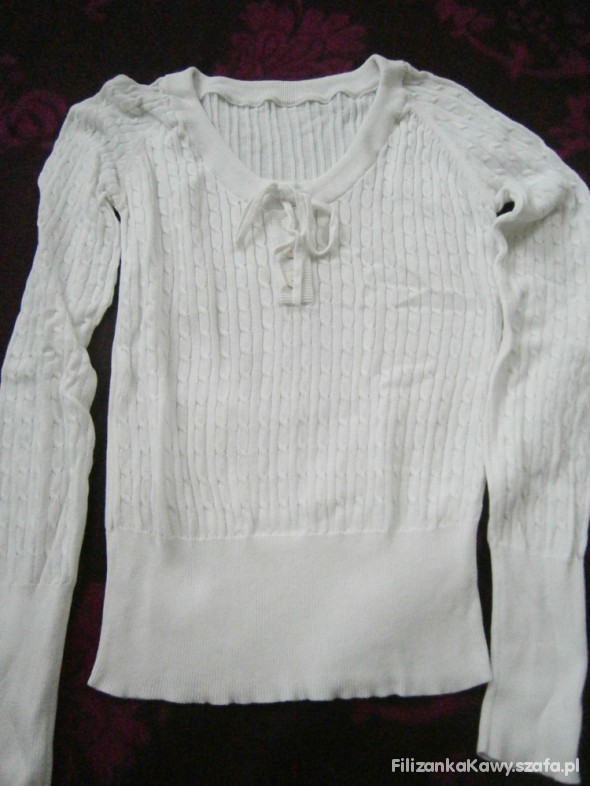 cieniutki sweterek