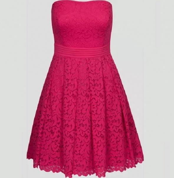 Różowa koronkowa sukienka Orsay z odkrytymi plecami 38