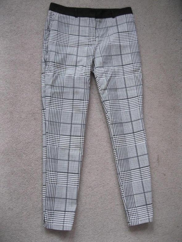 spodnie cygaretki PAPAYA 38 krata