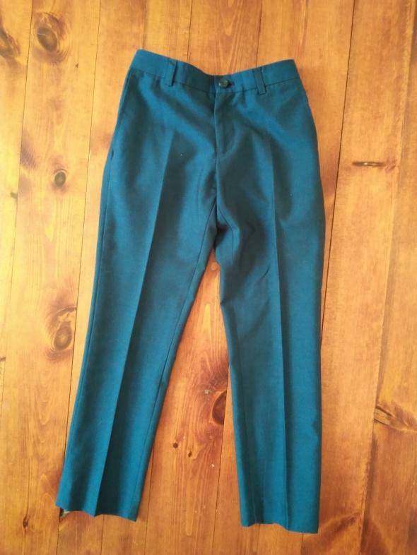 Eleganckie spodnie 122 128 cm...