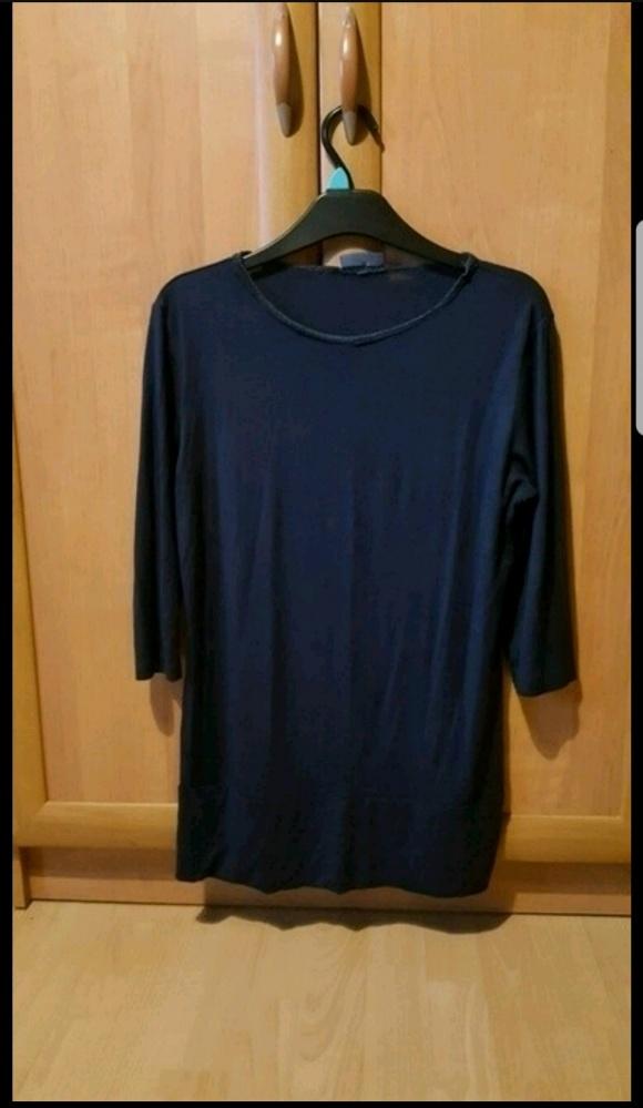 Granatowa klasyczna bluzka