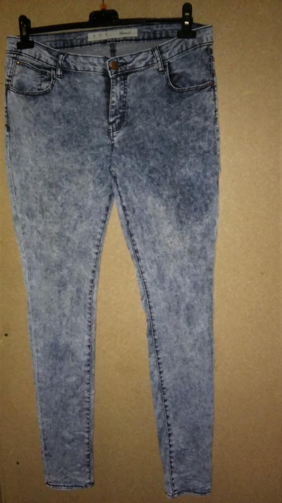 Elastyczne jeansy rurki marmurki wysoki stan 42