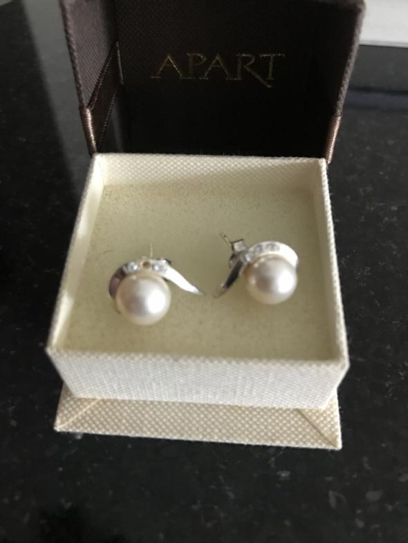 Srebrne kolczyki z perłami i cyrkoniami...