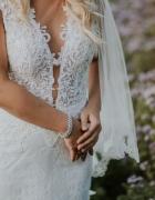 koronkowa suknia ślubna Berta Bridal...