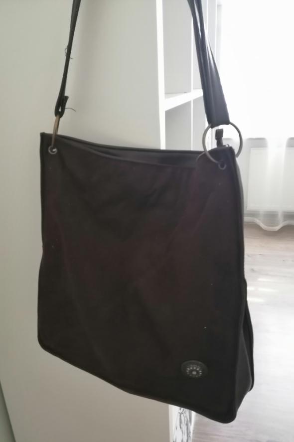 Brązowa skórzana torebka na ramię