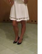 biała sukienka cyrkonie kryształki rozkloszowana na wesele...