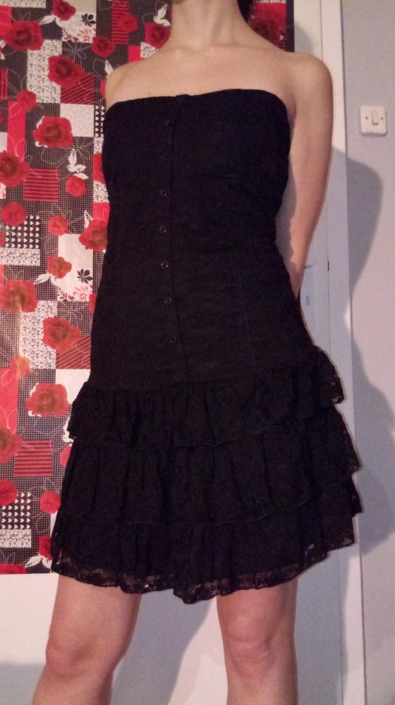 Czarna gotycka sukienka z koronki L