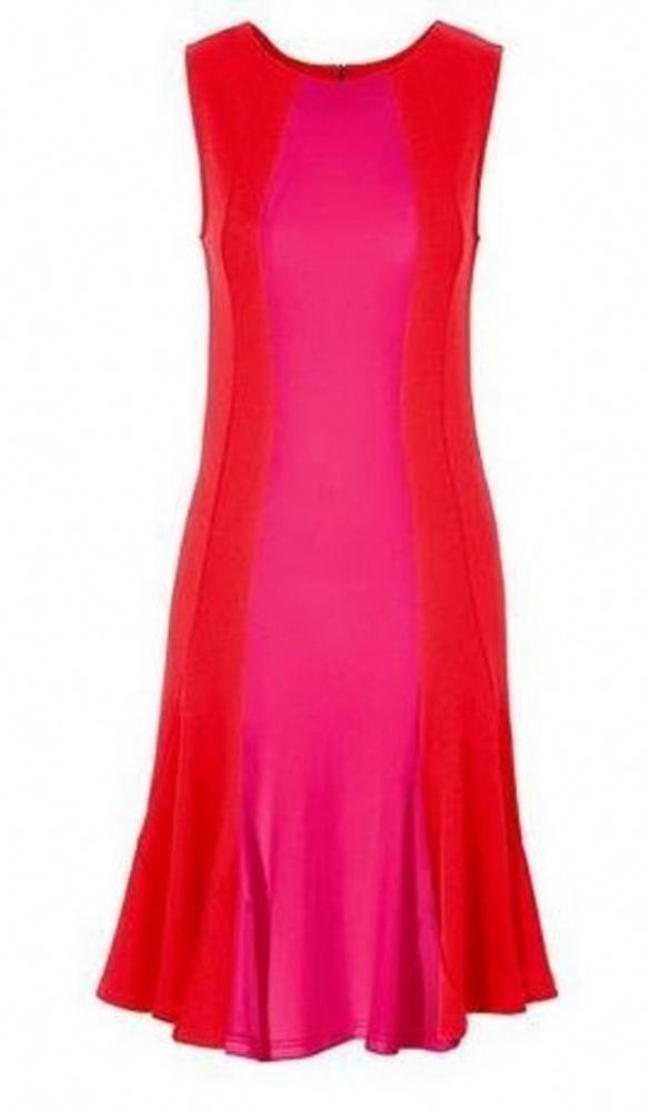Rozkloszowana urocza sukienka czerwona