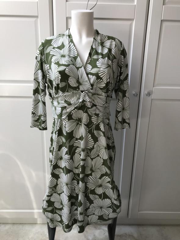 Sukienka w kwiaty zielono białe wzór liście...