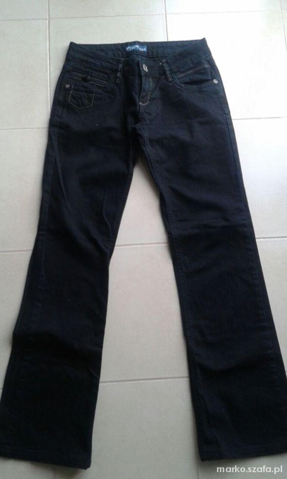 Spodnie jeansowe dżinsy 29