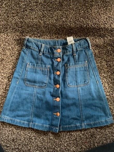 jeansowa spódniczka z guzikami...