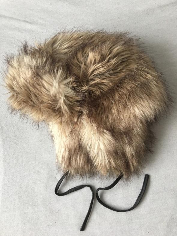 Nakrycia głowy Futrzana czapka H&M L sztuczne futerko włochata duża czapa