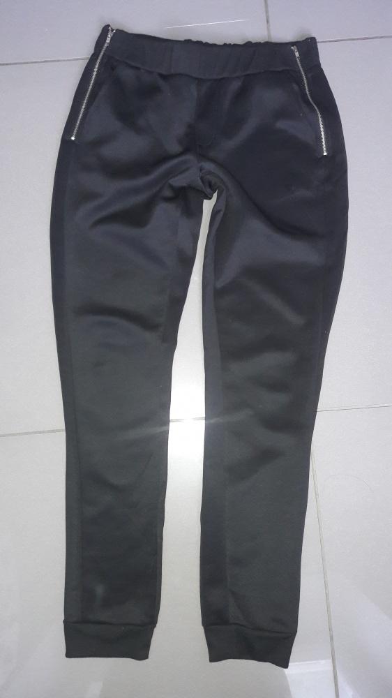 Spodnie dresowe Sinsay z zipami M