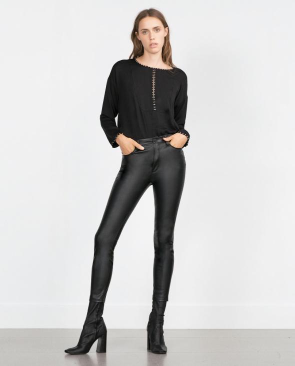Zara skóropodobne spodnie biker XS...