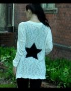 biały kardigan z gwiazdą...