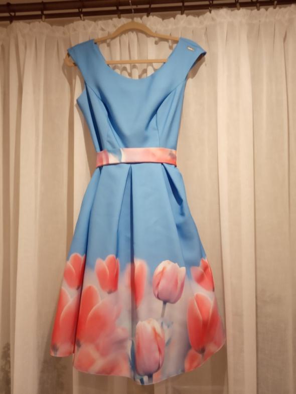 Sukienka błękitna w tulipany A&A