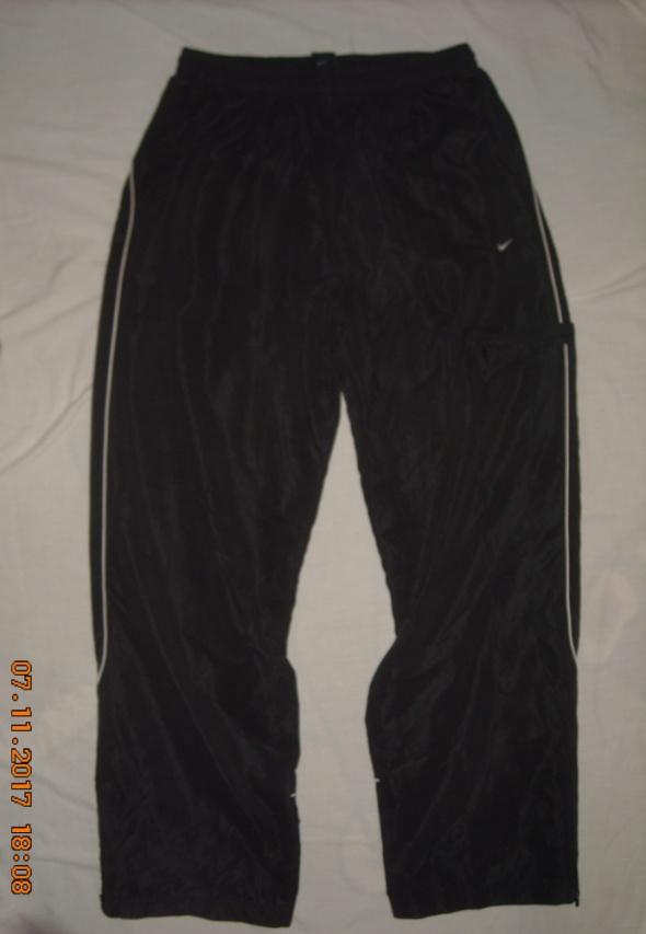 Dresy Spodnie spodnie dresowe spodnie NIKE 40 42 44 46