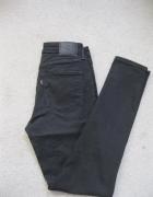 spodnie jeans rurki LEVIS high 27 czarne...