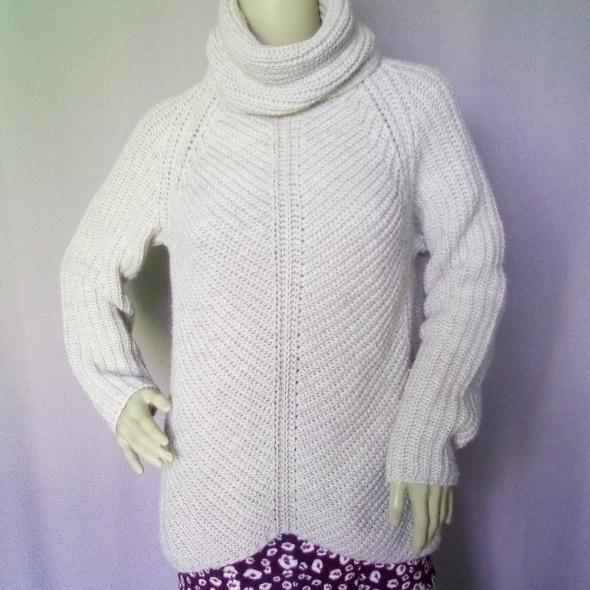 Sweter Zara rozmiar 164 S również na M duży...