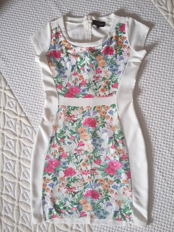 Suknie i sukienki Kwiaty
