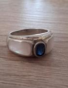 Stary srebrny pierścionek z masą perłową i szafirkiem srebro sy...