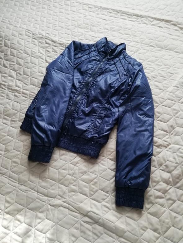 Odzież wierzchnia Granatowa kurteczka Terranova 34