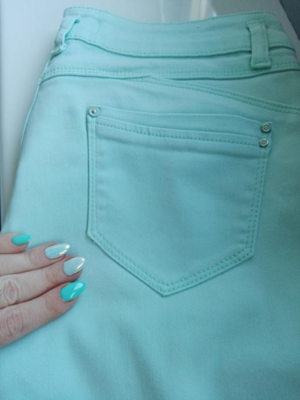 Miętowe spodnie 36
