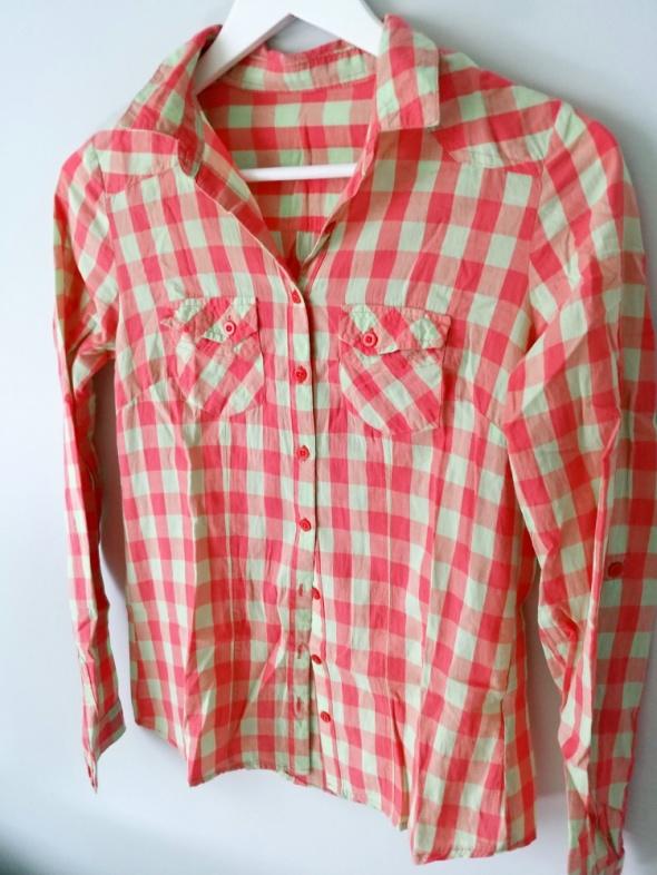 koszule modne w kratę