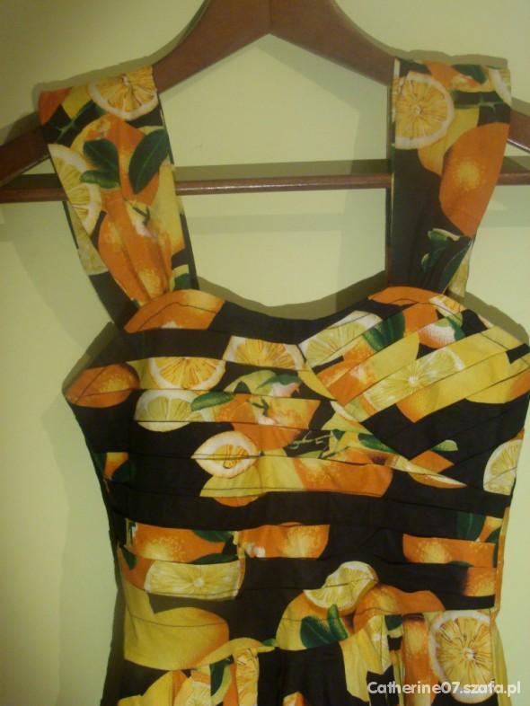 Sukienka w owoce ATMOSPHERE