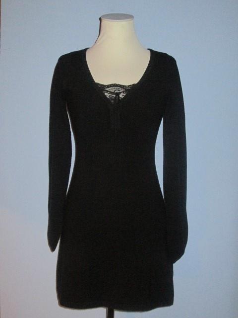 Suknie i sukienki Czarna sukienka z koronką mała czarna