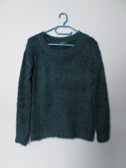 Włochaty ciepły sweterek fluffy...