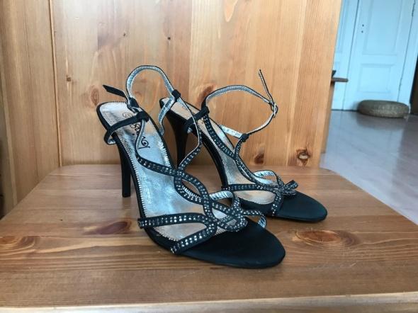 Sandałki biżuteryjne czarne 37 szpilki nowe