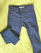 rozciągliwe granatowe jeansy spodnie...