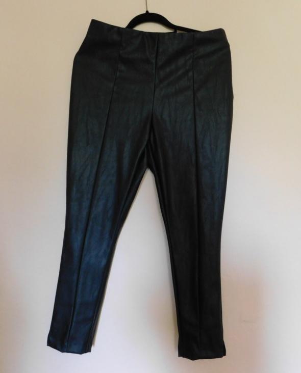 Spodnie F&F spodnie czarne eko skóra cygaretki 42