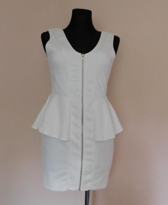 River Island biała sukienka midi 40...