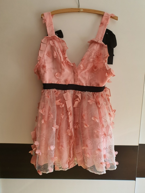 Nowa sukienka Asos S