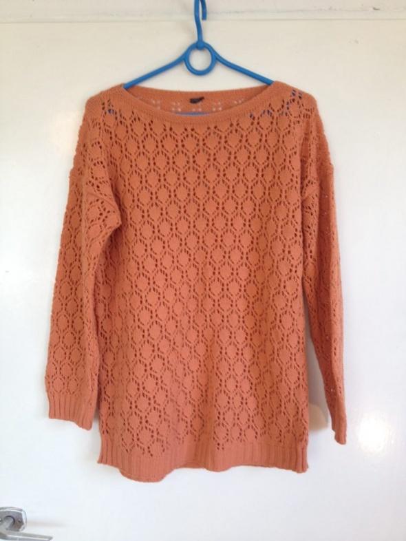 Dzianinowy materiałowy ceglasty sweter sweterek oversize S M L 36 38 40 42 XL duże oczka długi rękaw