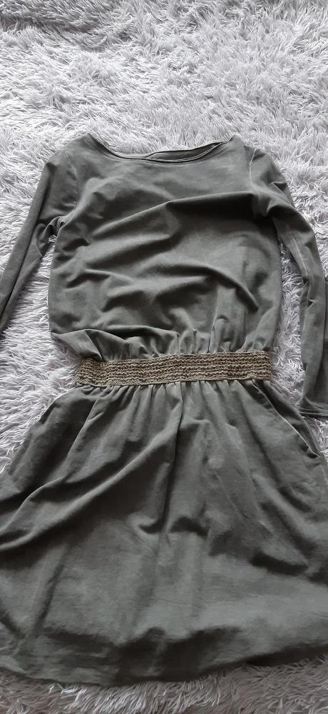 Sukienka dresowa ze ściągaczem...